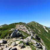 長野駒ケ岳山頂へ