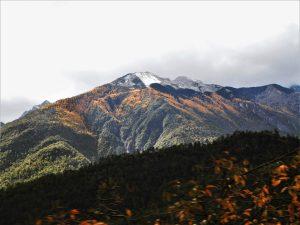 虎跳峡と神河橋/哈巴(ハバ)雪山と玉龍雪山